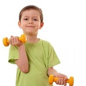 621e1a8b086 Ползите от участието в силови тренировки за деца и юноши са подобни на тези  за възрастните. Деца, които вдигат тежести, могат да заздравят мускулите и  ...